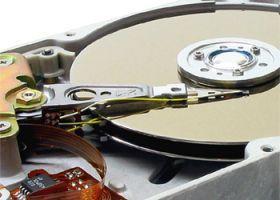 Archiwizacja danych czy potrzebna wykonanie kopi zapasowych?
